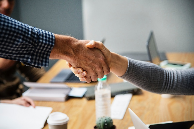 Design-lab-blog-post-coworking relationship-deal