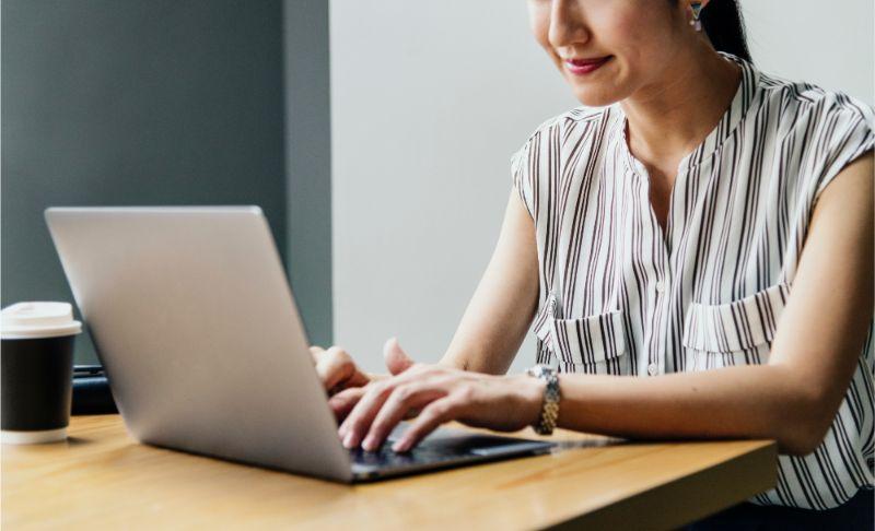 Design-lab-blog-post-coworking relationship-online