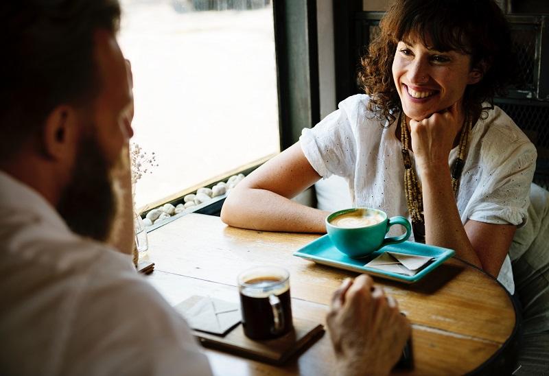 Design-lab-blog-post-coworking relationship-coffee